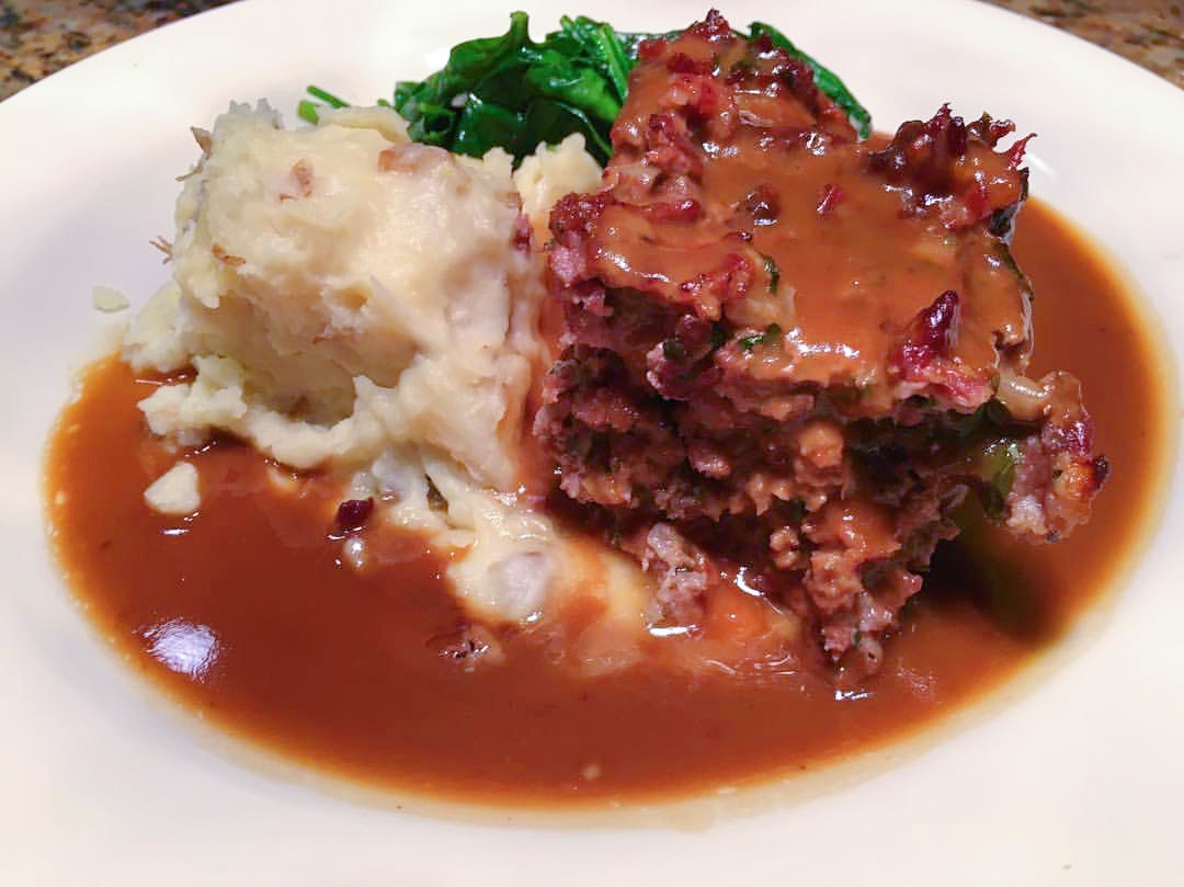 Wednesday Blue Plate: Mama's Meatloaf at the Roadhouse