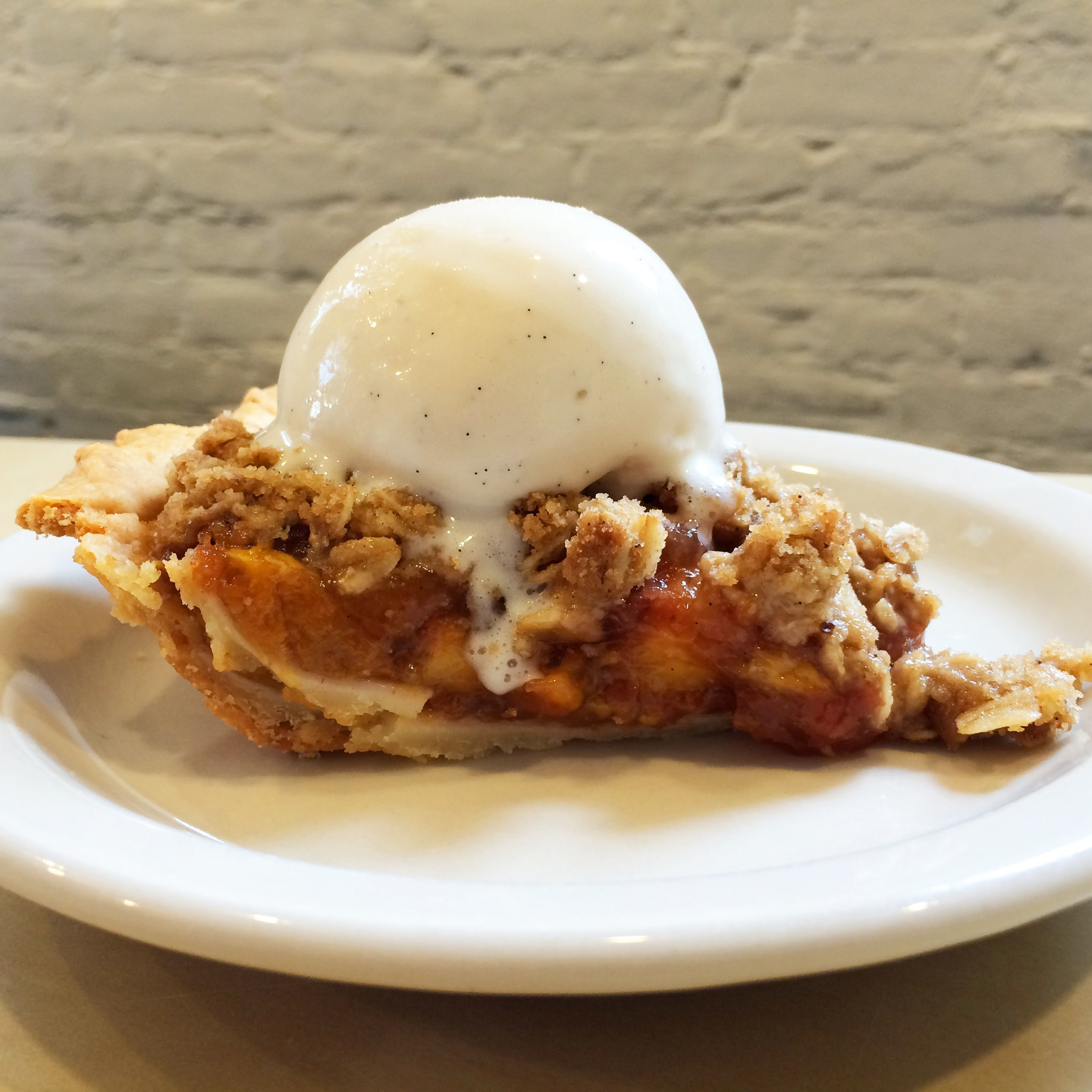 Country Peach Pie: A Taste of Summer