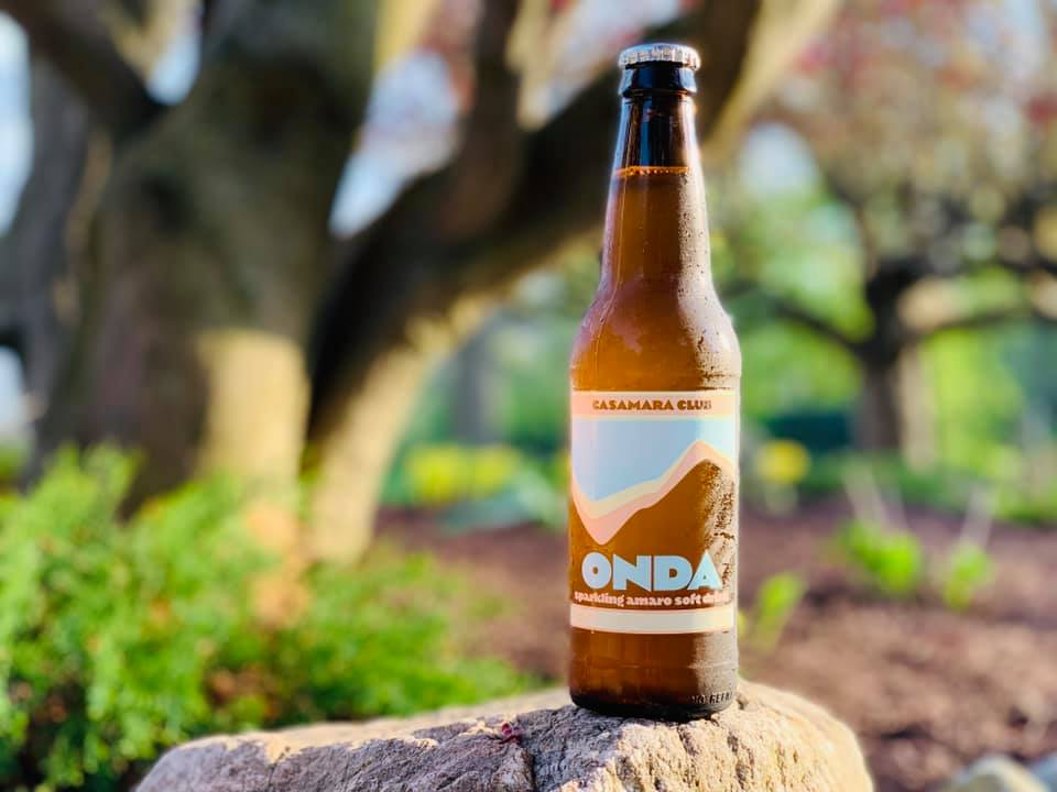 A bottle of Onda, a Casamara Club botanical soda.